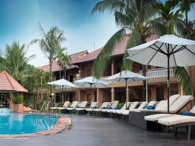 Vinh Hung Reverside Resort